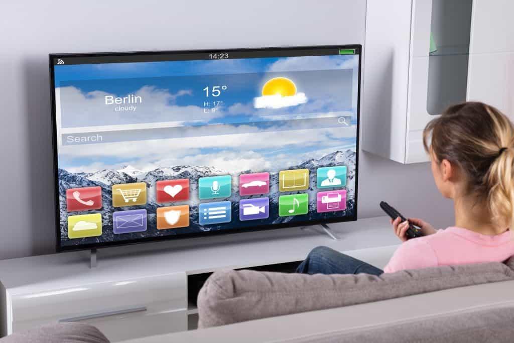 Kaj je pametna televizija